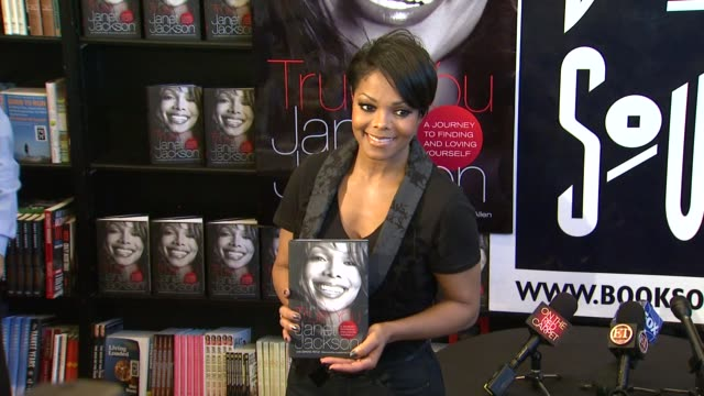 Janet Jackson at the Janet Jackson Signs Copies Of Her Debut Book 'True You A Guide To Finding And Loving Yourself' at West Hollywood CA