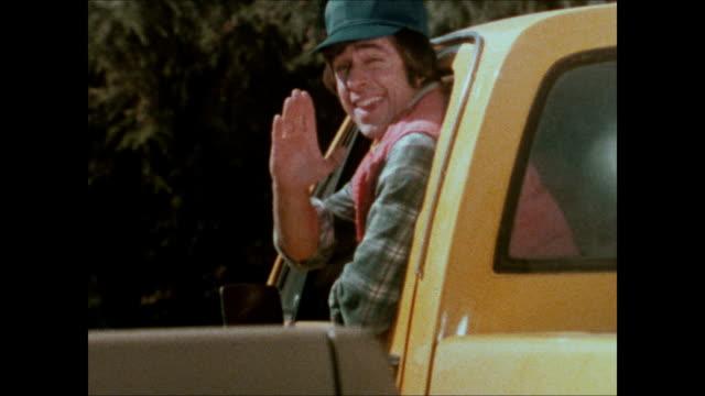 1979 AMC Jeep Honcho pickup truck commercial-'Logs'
