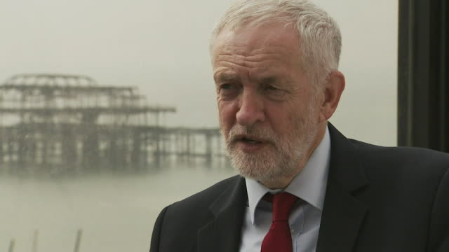 Jeremy Corbyn responds to accusations that people will take money out of Britain if he were elected Brighton September 2017 NNBZ127D ABSA627D