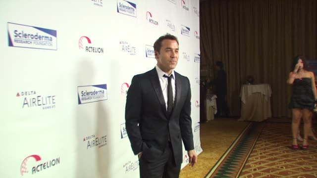 Jeremy Piven at the Scleroderma Research Foundation's 'Cool Comedy Hot Cuisine' at Beverly Hills CA