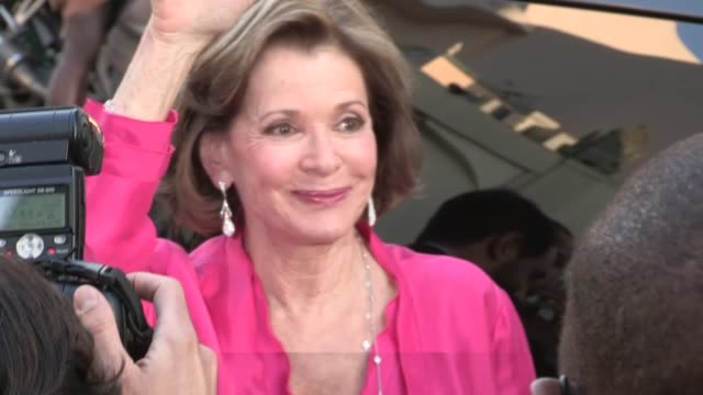 Jessica Walter greets fans while arriving at the Arrested Development Season 4 Premiere in Hollywood 04/29/13