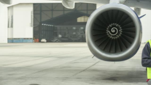 PAN Jet engineer