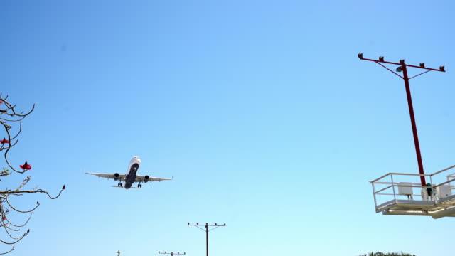 WS-Jet landt op LAX luchthaven