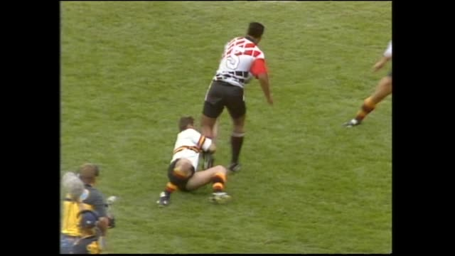 Jonah Lomu scoring second of his three tries for Counties against Waikato in the final of the 1994 National Rugby Sevens at Palmerston North