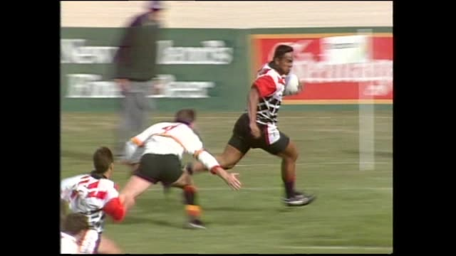 Jonah Lomu scoring third of his three tries for Counties against Waikato in the final of the 1994 National Rugby Sevens at Palmerston North