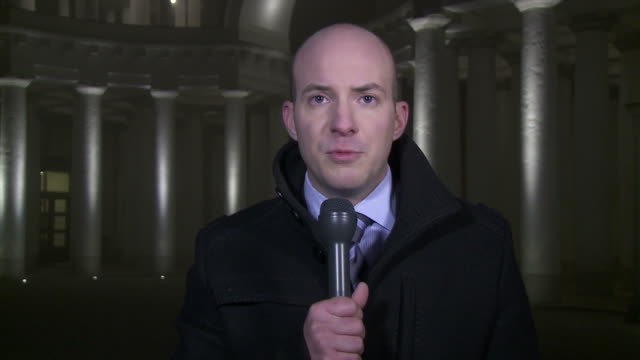 HD: Journalist Reporting Live In Front Of The Courthouse