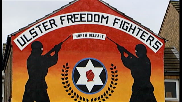 Judge criticises evidence of witnesses in supergrass trial NORTHERN IRELAND Belfast EXT 'Prepared for Peace Ready for War' Loyalist graffiti on wall...