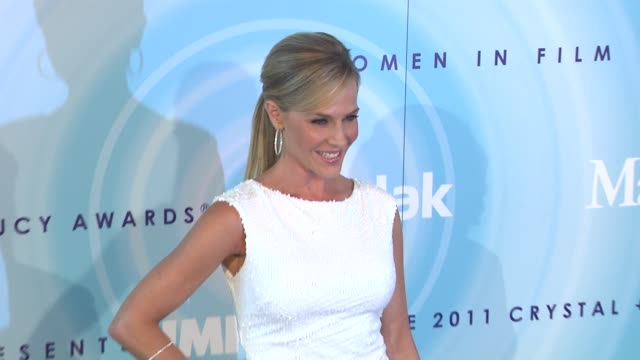 Julie Benz at the 2011 Women In Film Crystal Lucy Awards Sponsored By Pandora And Max Mara at Beverly Hills CA