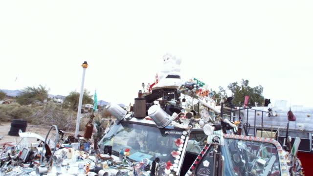 MS, SHAKY, PAN, Junk adorned truck, Niland, California, USA