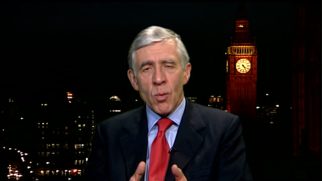 Justice Minister announces plans to build three new 'super prisions' ENGLAND London GIR INT Jack Straw MP 2WAY interview from Westminster SOT...