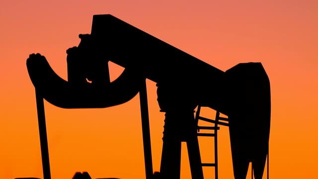 Kansas Dinosaur Oil Pump