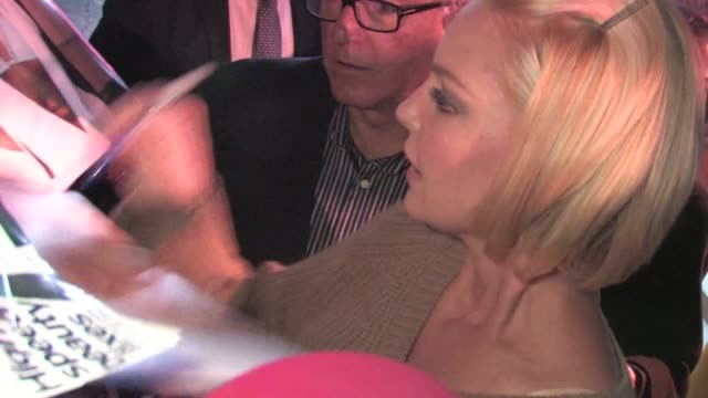 Katherine Heigl greets fans in Hollywood 01/17/12