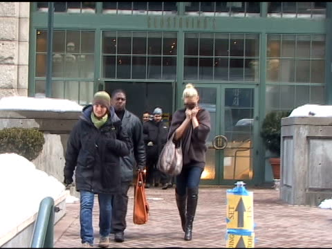 Katherine Heigl in New York City 02/03/11 at the Celebrity Sightings in New York at New York NY