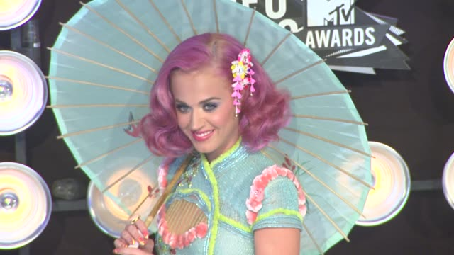 Katy Perry at the 2011 MTV Video Music Awards at Los Angeles CA