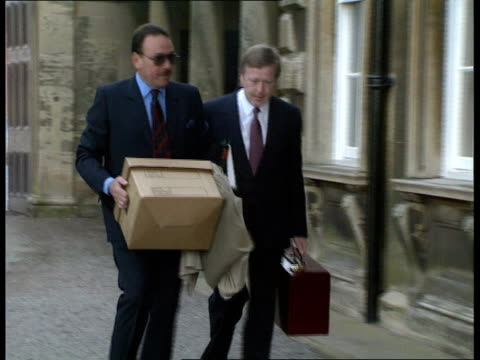 Emergency not indicated ENGLAND Leicestershire Prestwold Hall Lawyers arriving for inquiry Derek Payling Accident Investigator arriving BM Copilot...