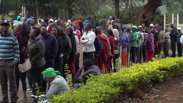 Kenyans turn out in big numbers to vote in elections headlined by a knife edge battle between incumbent Uhuru Kenyatta and his rival Raila Odinga...