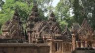 ZO / Khmer Hindu temple Banteay Srei