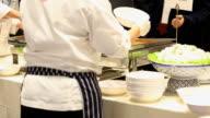Küche und Chefköche im Restaurant