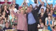 La aspirante presidencial estadounidense Hillary Clinton anuncio este viernes que escogio al abogado y senador Tim Kaine del estado de Virginia como...