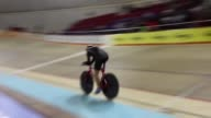 La ciclista estadounidense Molly Van Houweling batio tres nuevos records en Aguascalientes en Mexique el record de la hora estadounidense...