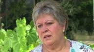 La hermana del extinto narcotraficante colombiano Pablo Escobar pide perdon a las victimas 20 anos despues de la muerte del que llego a ser el hombre...