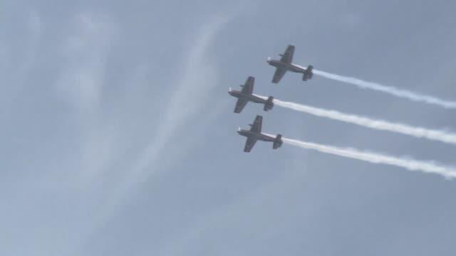 La mayor exposicion aerea de Latinoamerica la Feria Internacional del Aire y del Espacio de Chile abre su 19 edicion este martes en Santiago...