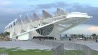 La presidenta Dilma Rousseff inauguro ese jueves en Rio el Museo del Manana del arquitecto espanol Santiago Calatrava mientras la ciudad se prepara...