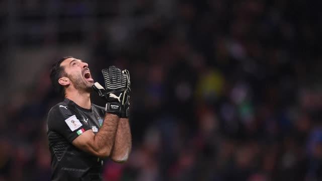 La seleccion italiana de futbol no podra asistir al Mundial de Rusia2018 tras haber sido eliminada el lunes por Suecia en la repesca que termino 00 y...