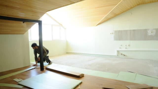 Laminate flooring timelapse