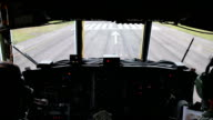 Landing of a Hercules aircraft, filmed from the cockpit.