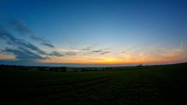 HD TIME-LAPSE: Landscape At Dusk