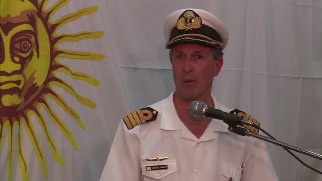 Las autoridades argentinas piden no sacar conjeturas tras noticia de una explosion en el area donde navegaba el desaparecido submarino ARA San Juan...