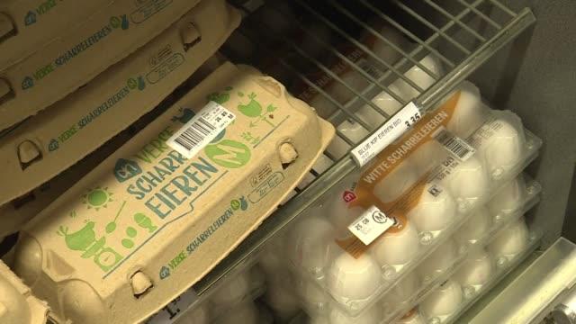 Las autoridades belgas culparon a Holanda por no dar aviso de la crisis sanitaria causada por huevos contaminados con fipronil que fueron...