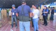 Las autoridades electorales del El Salvador ya estan distribuyendo el material con el que se llevará a cabo la segunda vuelta de las elecciones...