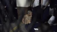 Las autoridades guatemaltecas ordenaron el martes la investigacion de 49 internos de un correccional donde fallecieron dos empleados del centro...