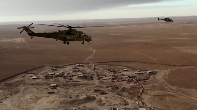 Las fuerzas aereas iraquies apoyadas por la coalicion internacional liderada por Estados Unidos combaten desde aire al grupo Estado Islamico en la...