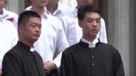 Las relaciones entre el gobierno comunista en China y el Vaticano demostro una mejora este martes con el ordenamiento del obispo Joseph Zhan Yilin el...