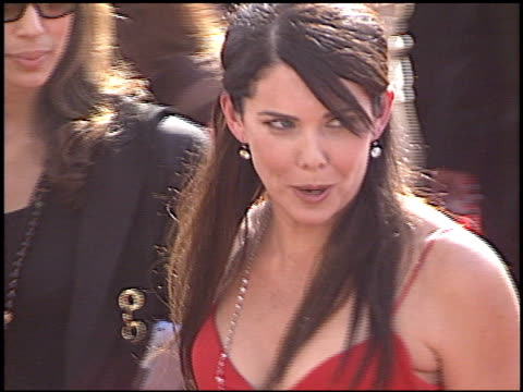 Lauren Graham at the 2005 Emmy Awards Entrance at the Shrine Auditorium in Los Angeles California on September 18 2005