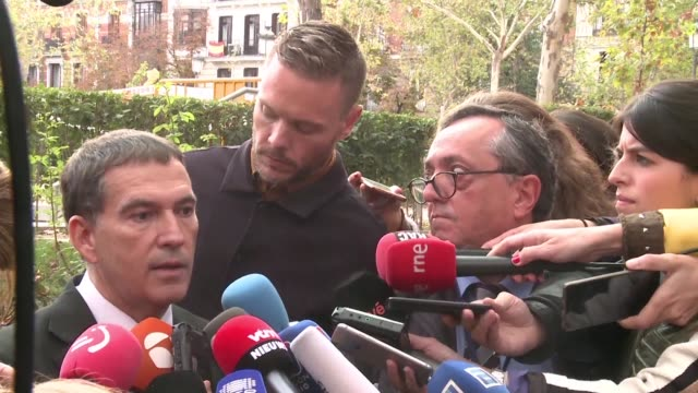 Lawyers of the former Catalan government comment on the Spanish prosecutors that on Thursday sought a European arrest warrant be for Catalonia's axed...