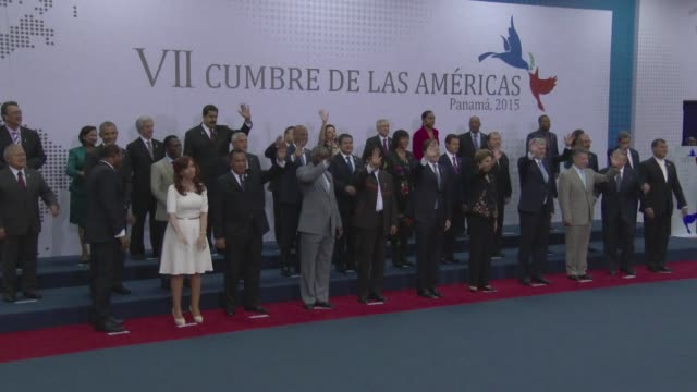 Leaders at the Americas Summit pose for the final family photo