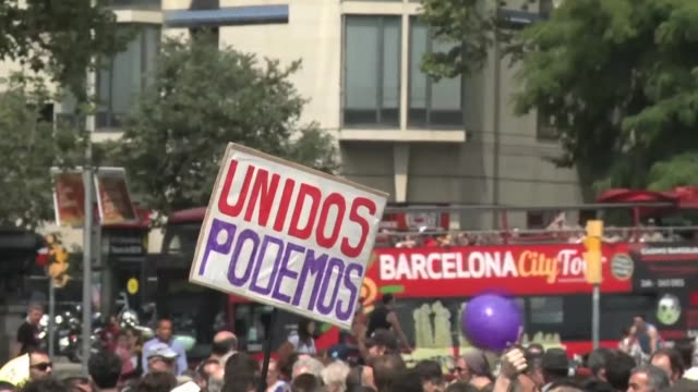 A left wing coalition recently formed by Podemos and green communists Izquierda Unida kicked off their election campaign on Saturday with a rally in...