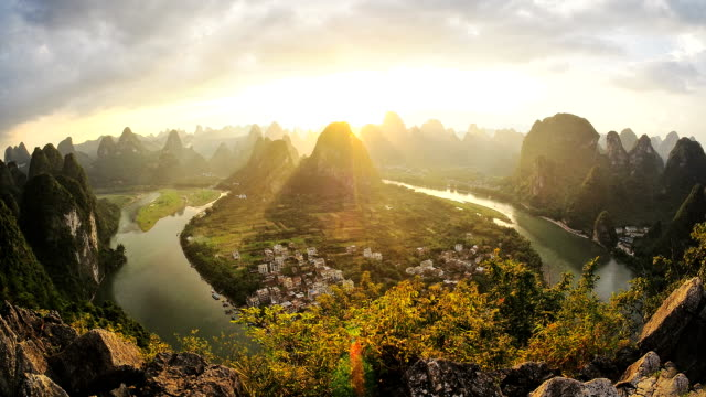 Li River HD timelapse. Guilin. Guangxi. China