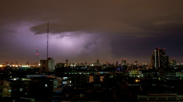 Lightning sulla città di Bangkok