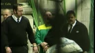 New evidence emerges surrounding Michael Stone conviction T19010514 / TX ENGLAND London EXT Michael Stone along escorted from court by police as...
