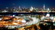 Lincoln Tunnel und von New York City Skyline in der Dämmerung