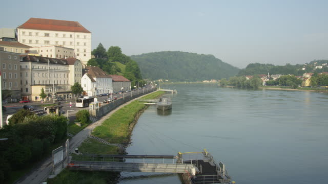 WS PAN Linz Castle with Danube River pan to Urfahr and the Poestlingberg with its church in background