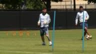 Lionel Messi entreno el miercoles por primera vez con la seleccion de Argentina desde su llegada a Estados Unidos para la Copa America Centenario