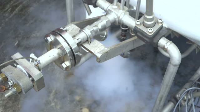 Liquid nitrogen in the laboratory