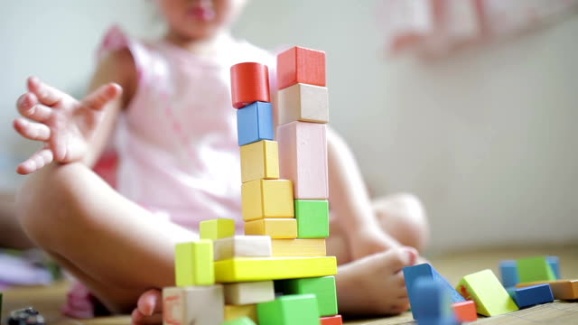 LA Little girl playing with blocks /Xi'an, Shaanxi, China