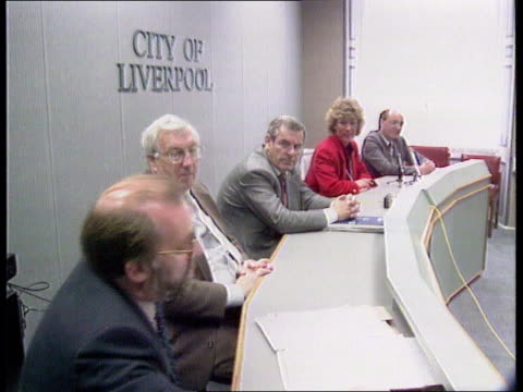 Liverpool dustmen's strike ENGLAND Liverpool CBV Dustmen into meeting at depot BV Ditto Dustmen along to meeting PAN LR BV Dustmen going into meeting...